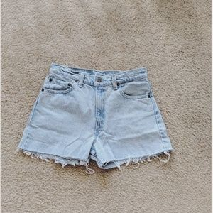 550 Levi's Denim Shorts